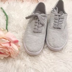 Mossimo grey sneakers 9